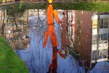 Klaas Gubbels, kunstwerk in de vijver van de Provenierssingel in Rotterdam.