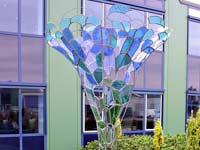 glas in lood in staal constructie - Lia Koster - uitgevoerd door Segno 'd Arte