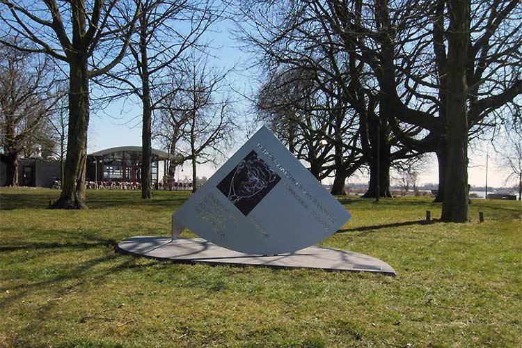 Monument Henk van Randwijk Gorinchem